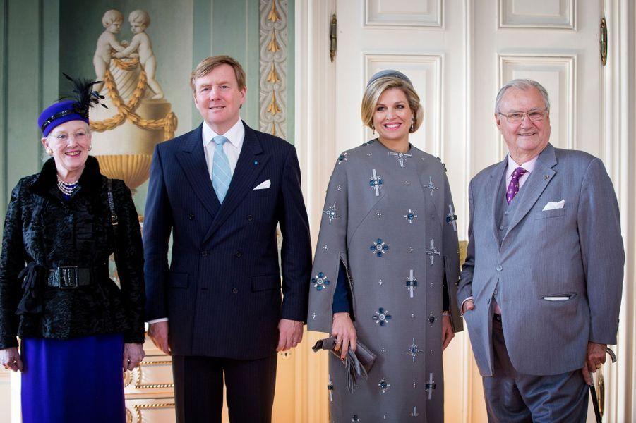 La reine Margrethe II, le roi Willem-Alexander, la reine Maxima et le prince Henrik au château de Fredensborg, le 17 mars 2015