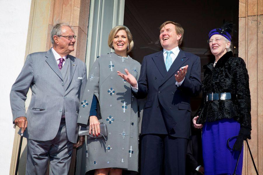 Le prince Henrik, la reine Maxima, le roi Willem-Alexander et la reine Margrethe II au château de Fredensborg, le 17 mars 2015