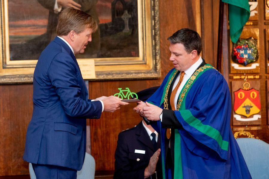 Le roi Willem-Alexander des Pays-Bas avec le lord-maire de Dublin, le 13 juin 2019