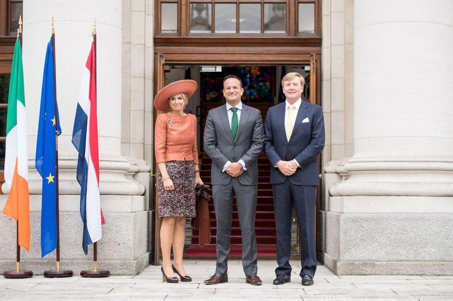 La reine Maxima et le roi Willem-Alexander des Pays-Bas avec le Premier ministre irlandais à Dublin, le 13 juin 2019