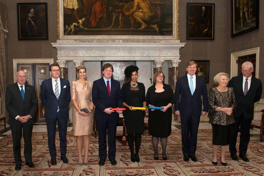 Le prince Constantijn, la reine Maxima, le roi Willem-Alexander et la princesse Beatrix des Pays-Bas à Amsterdam, le 25 novembre 2015