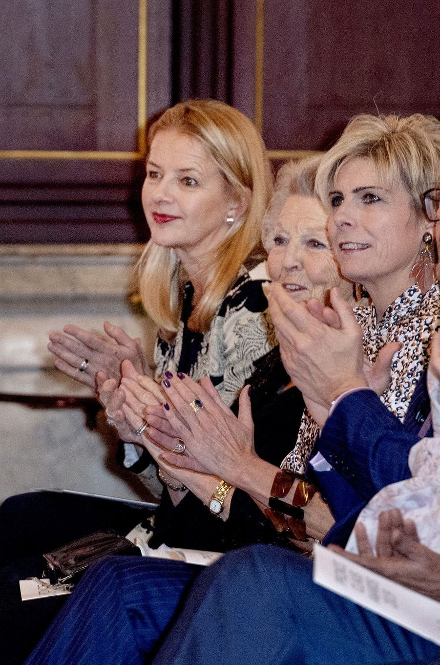 Les princesses Mabel, Beatrix et Laurentien des Pays-Bas à Amsterdam, le 4 décembre 2019