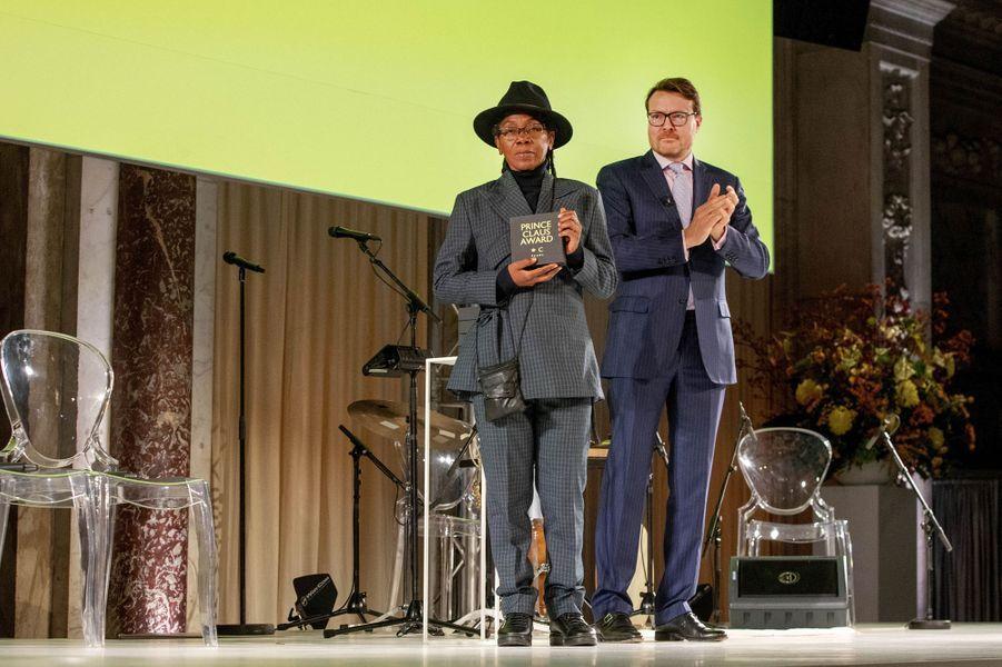 Le prince Constantijn des Pays-Bas avec Bill Kouélany à Amsterdam, le 4 décembre 2019