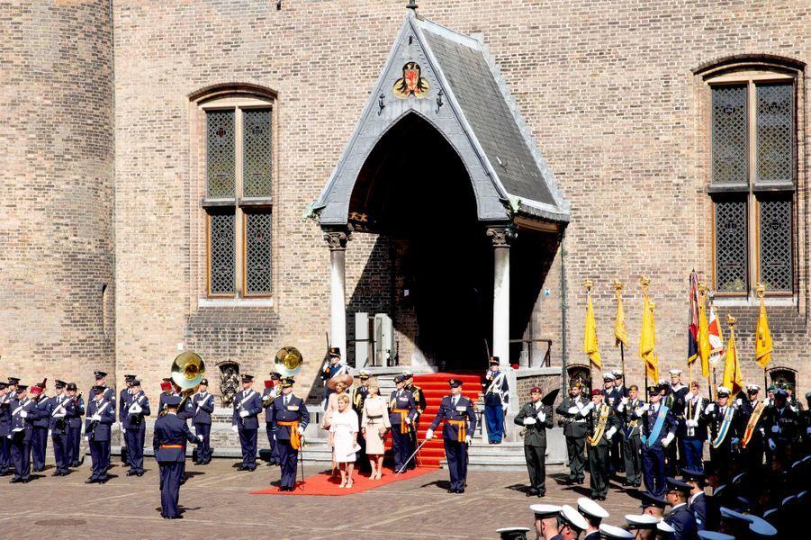 La reine Maxima et le roi Willem-Alexander des Pays-Bas à une cérémonie militaire à la Haye, le 31 août 2018