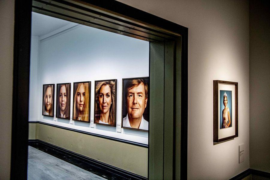 Portraits de la famille royale des Pays-Bas par Erwin Olaf, exposés à La Haye le 15 février 2019