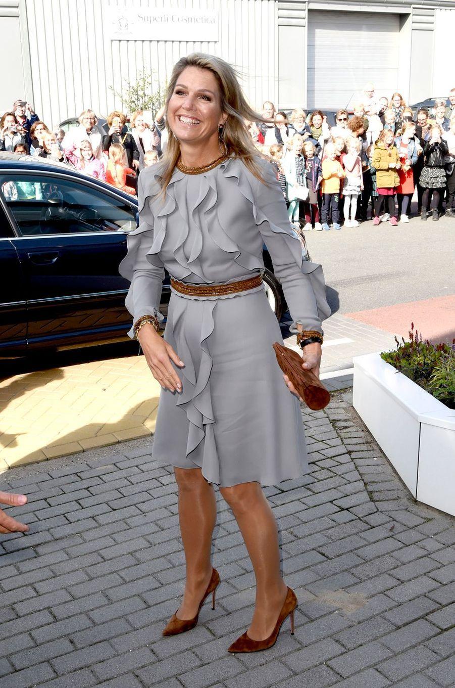 La reine Maxima des Pays-Bas dans une robe Claes Iversen à Moerkapelle, le 3 octobre 2018