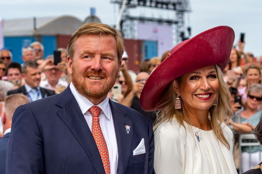 La reine Maxima et le roi Willem-Alexander des Pays-Bas avec le Premier ministre Mark Rutte à Terneuzen, le 31 août 2019