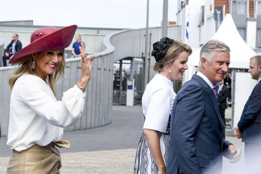 Les reines Maxima des Pays-Bas et Mathilde de Belgique avec le roi des Belges Philippe à Terneuzen, le 31 août 2019