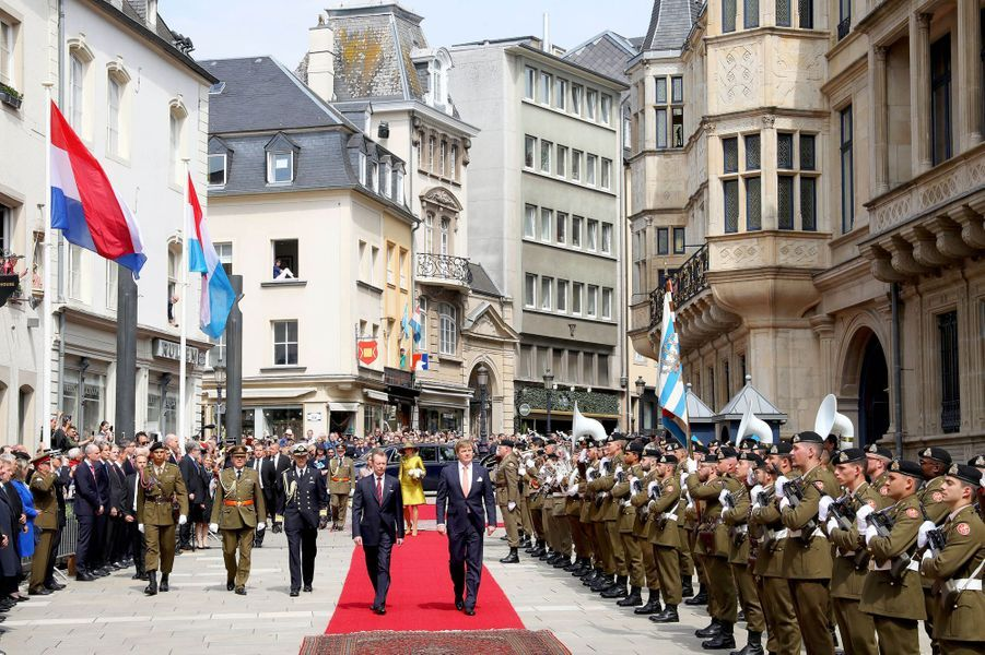 Le roi Willem-Alexander des Pays-Bas et le grand-duc Henri de Luxembourg à Luxembourg, le 23 mai 2018