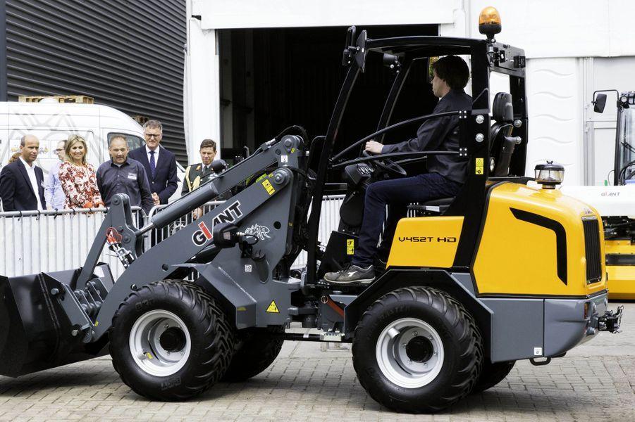 La reine Maxima des Pays-Bas visite l'usine Tobroco à Oisterwijk, le 8 juin 2017