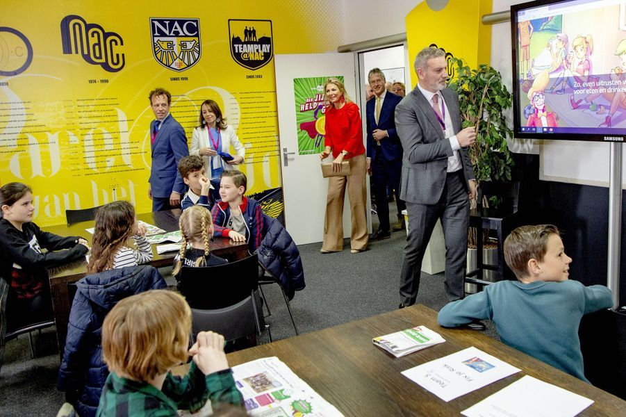 La reine Maxima des Pays-Bas avec des écoliers à Bréda, le 25 mars 2019