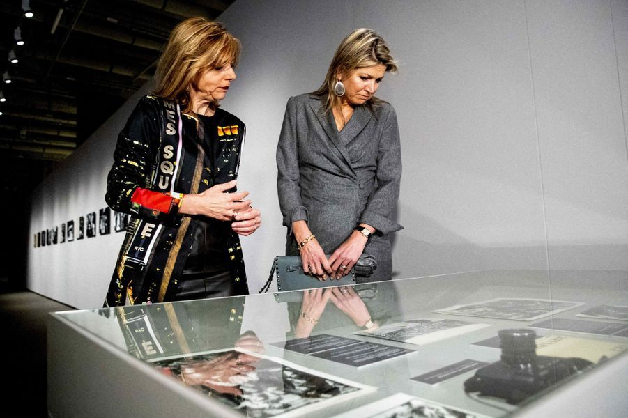 La reine Maxima des Pays-Bas en visite de travail au Nederlands Fotomuseum à Rotterdam, le 2 avril 2019
