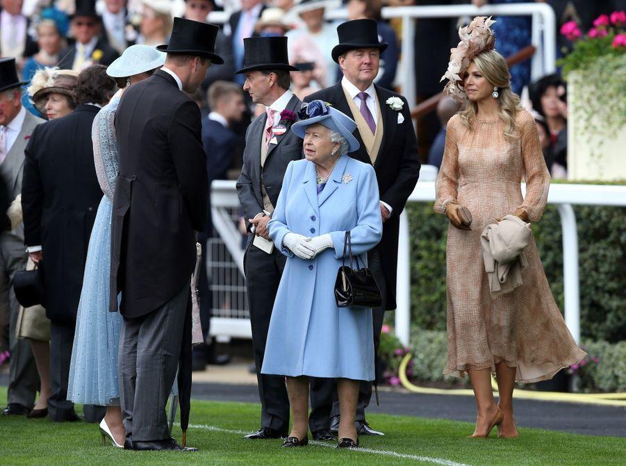 La reine Maxima et le roi Willem-Alexander des Pays-Bas avec la reine Elizabeth II, le prince William et Kate Middleton au Royal Ascot, le 18 juin 2019