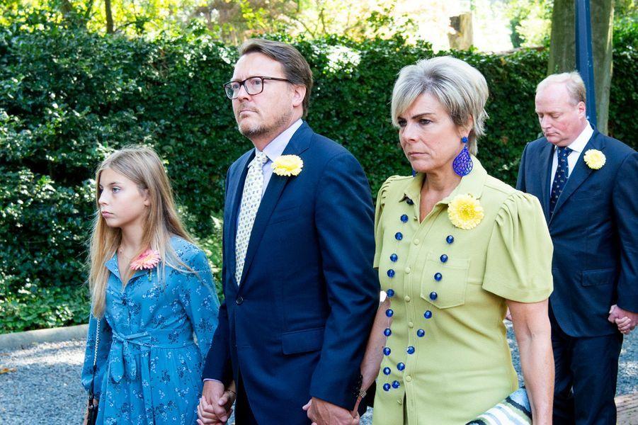 La princesse Laurentien, le prince Constantijn des Pays-Bas et leur plus jeune fille aux funérailles de la princesse Christina à La Haye, le 22 juin 2019