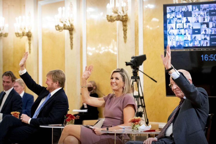 La reine Maxima et le roi Willem-Alexander des Pays-Bas à La Haye, le 13 octobre 2020