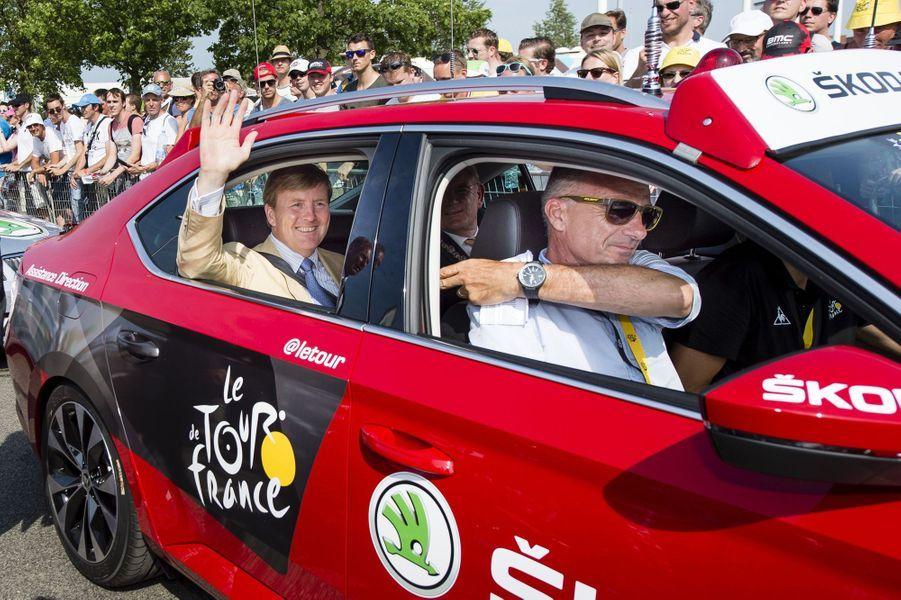 Le roi Willem-Alexander des Pays-Bas sur le Tour de France à Utrecht, le 4 juillet 2015