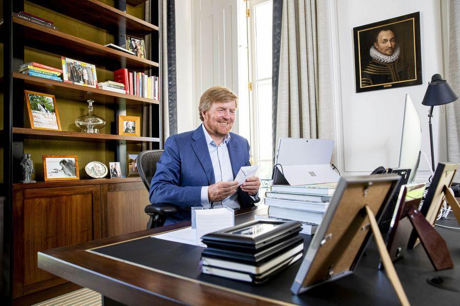 Le roi Willem-Alexander des Pays-Bas à La Haye, le 27 avril 2020
