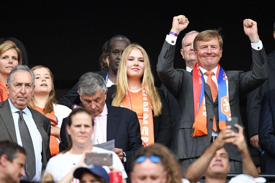 Le roi Willem-Alexander des Pays-Bas et ses filles les princesses Catharina-Amalia et Ariane à Lyon, le 7 juillet 2019