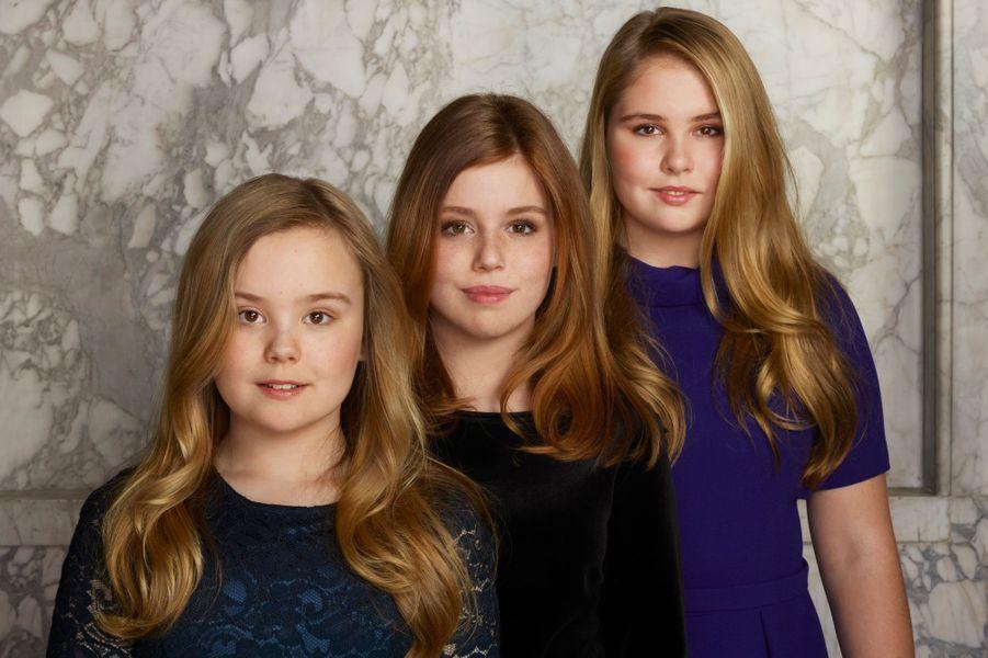 Portrait des princesses Ariane, Alexia et Catharina-Amalia des Pays-Bas, en mars 2018