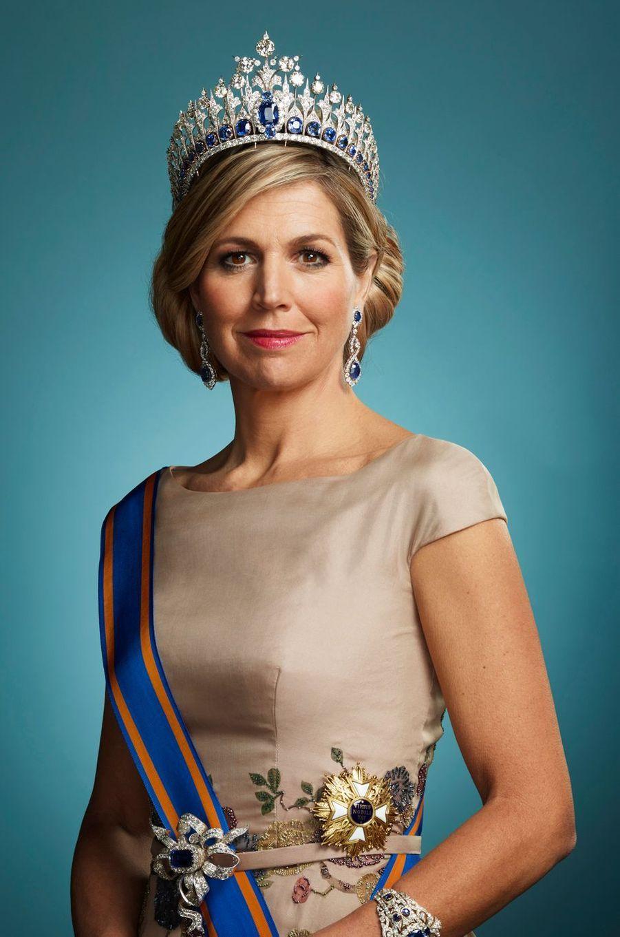 """Nouvelle """"photo d'Etat"""" de la reine Maxima des Pays-Bas, en mars 2018"""