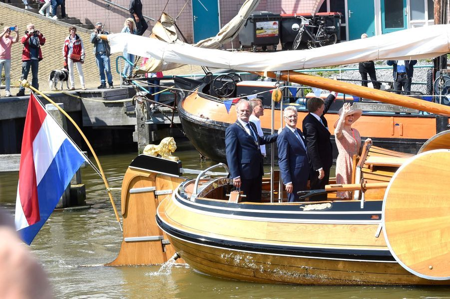 La reine Maxima et le roi Willem-Alexander des Pays-Bas à Harlingen en Frise, le 13 juin 2016