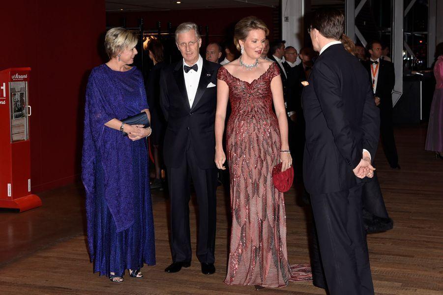 La princesse Laurentien et le prince Constantijn des Pays-Bas avec la reine Mathilde et le roi Philippe de Belgique à Amsterdam, le 29 novembre 2016