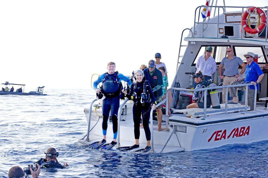 La reine Maxima et le roi Willem-Alexander des Pays-Bas en sortie plongée à Saba, le 1er décembre 2017