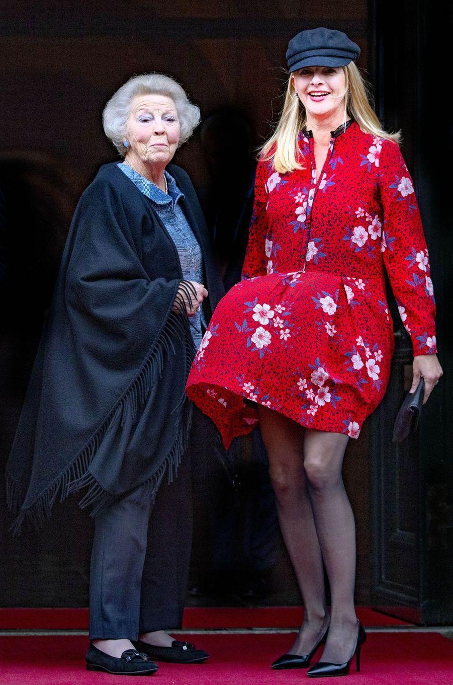 Les princesses Beatrix et Mabel des Pays-Bas à Amsterdam, le 6 décembre 2018