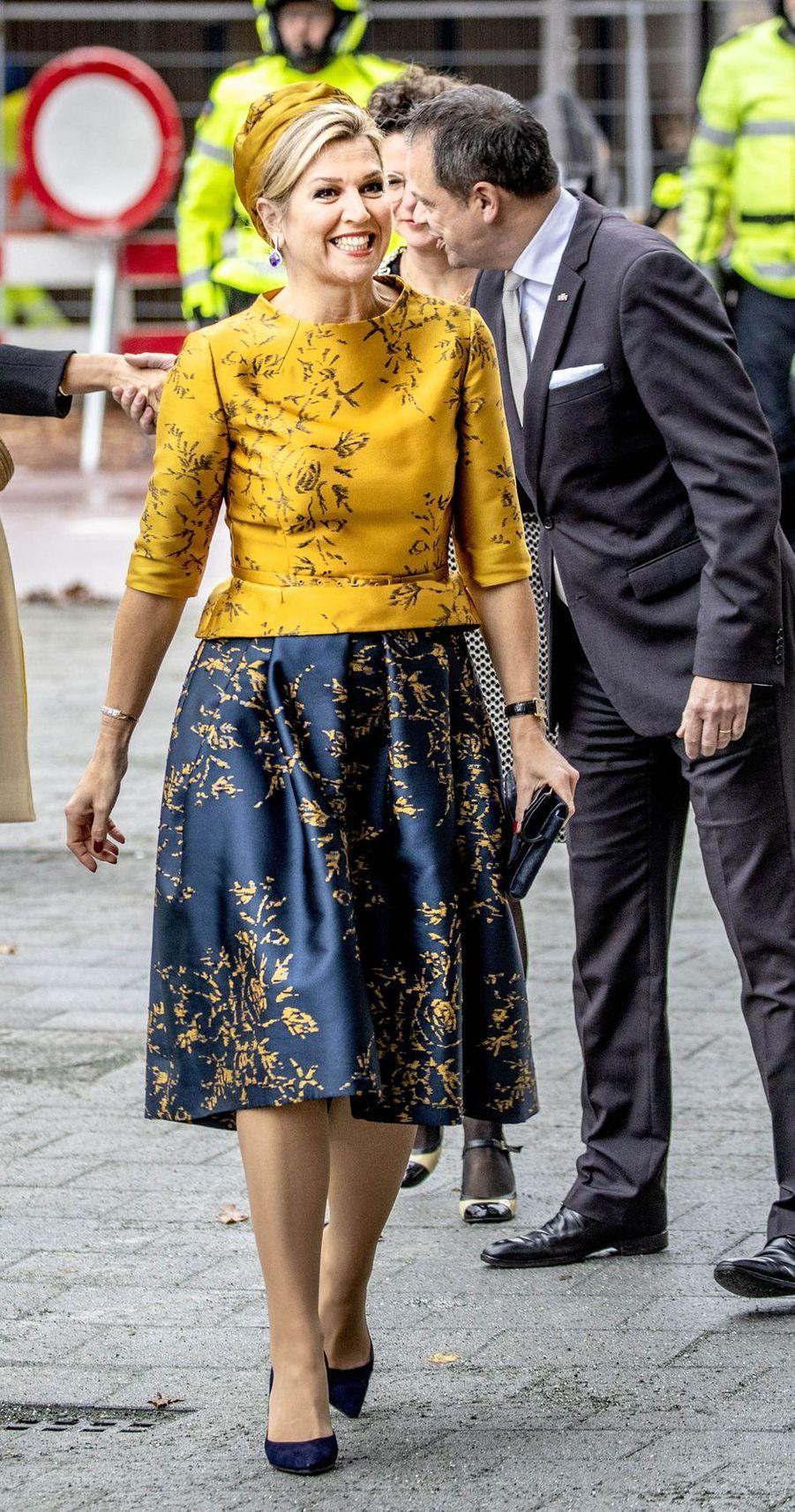 La reine Maxima des Pays-Bas dans un ensemble Natan à Amsterdam, le 6 décembre 2018