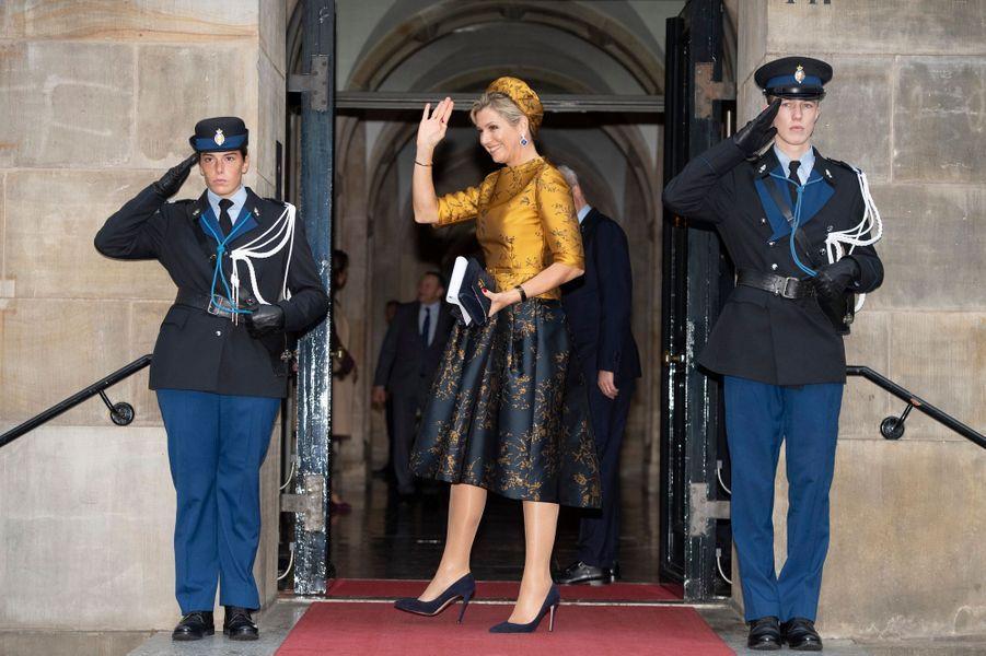 La reine Maxima des Pays-Bas arrive au Palais royal à Amsterdam, le 6 décembre 2018