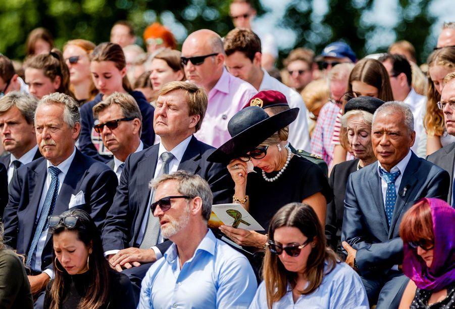 Maxima Et Willem Alexander À L'inauguration D'un Mémorial Pour Les Victimes Du Crash Du Vol MH17 De La Malaysia Airlines 11