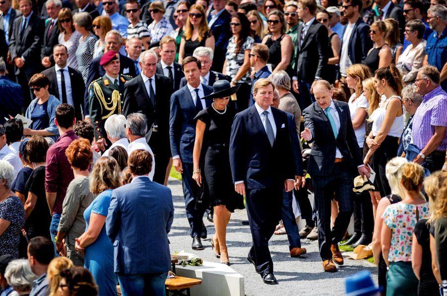 Maxima Et Willem Alexander À L'inauguration D'un Mémorial Pour Les Victimes Du Crash Du Vol MH17 De La Malaysia Airlines 13