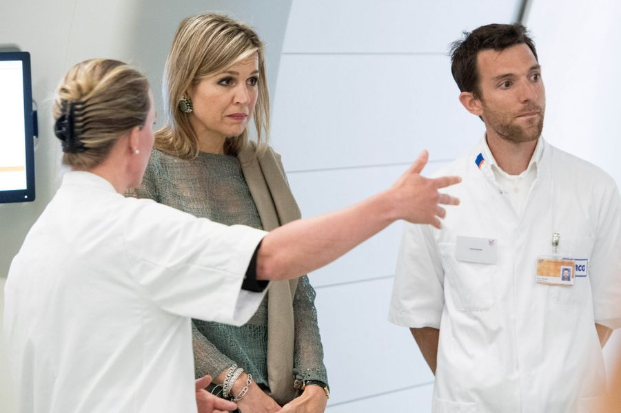 La reine Maxima des Pays-Bas au Centre médical universitaire de Groningue, le 19 juin 2018