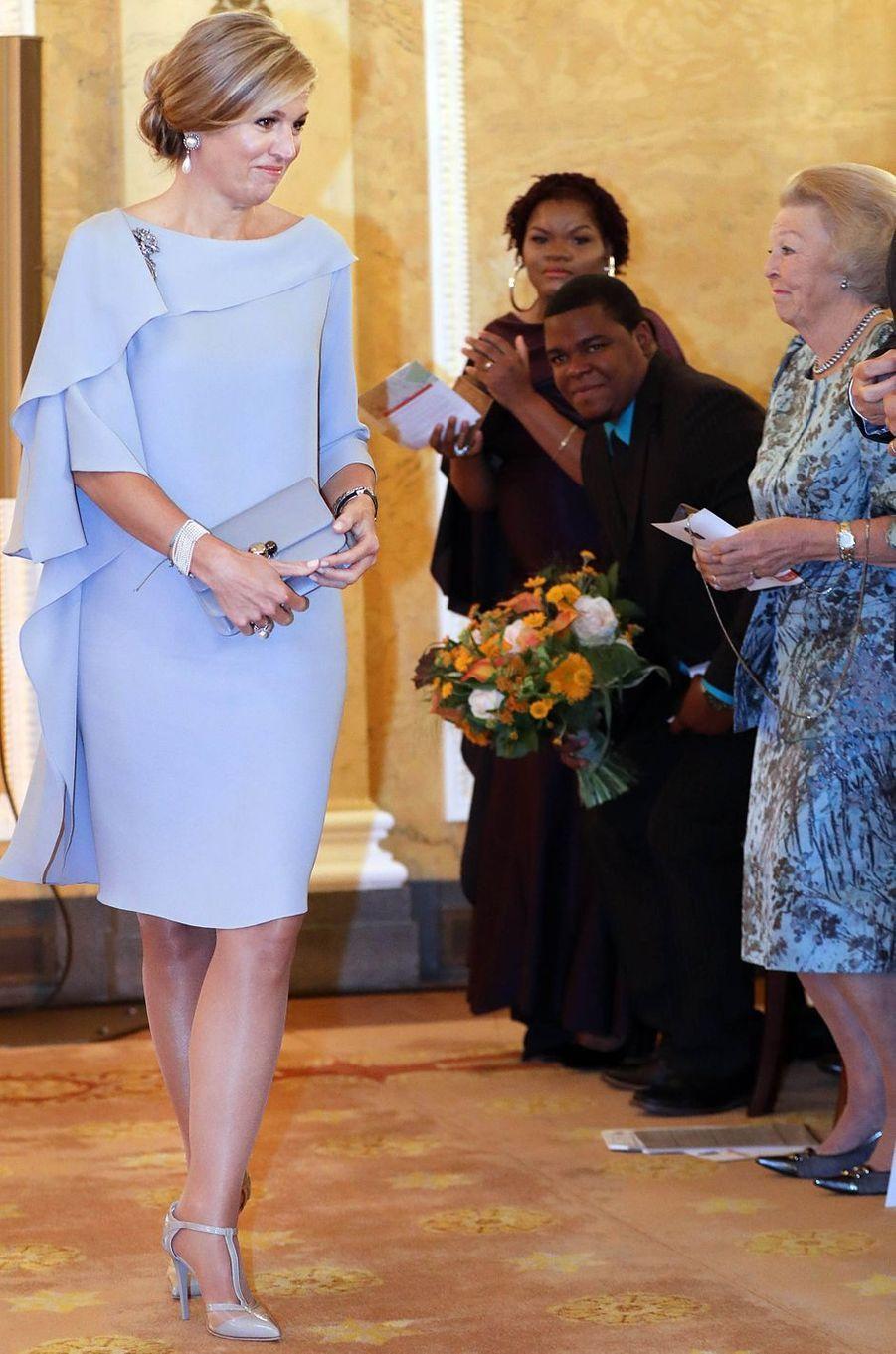 La reine Maxima et la princesse Beatrix des Pays-Bas, dans des looks assortis, à La Haye le 6 juin 2018