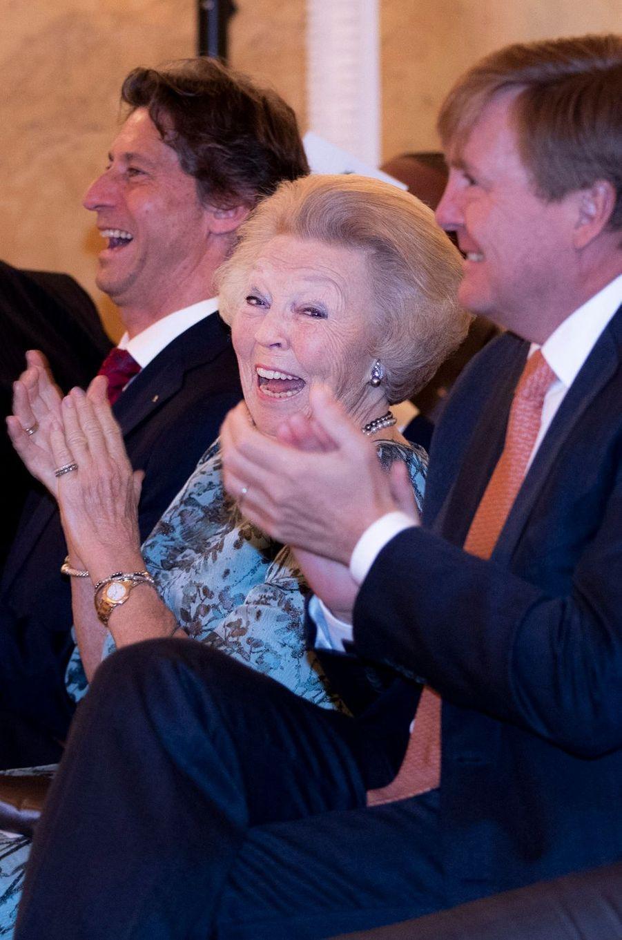 La princesse Beatrix et le roi Willem-Alexander des Pays-Bas à La Haye, le 6 juin 2018