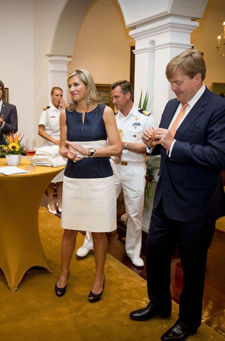 La reine Maxima et le roi Willem-Alexander des Pays-Bas à Willemstad sur l'île néerlandaise de Curaçao, le 1er juillet 2018