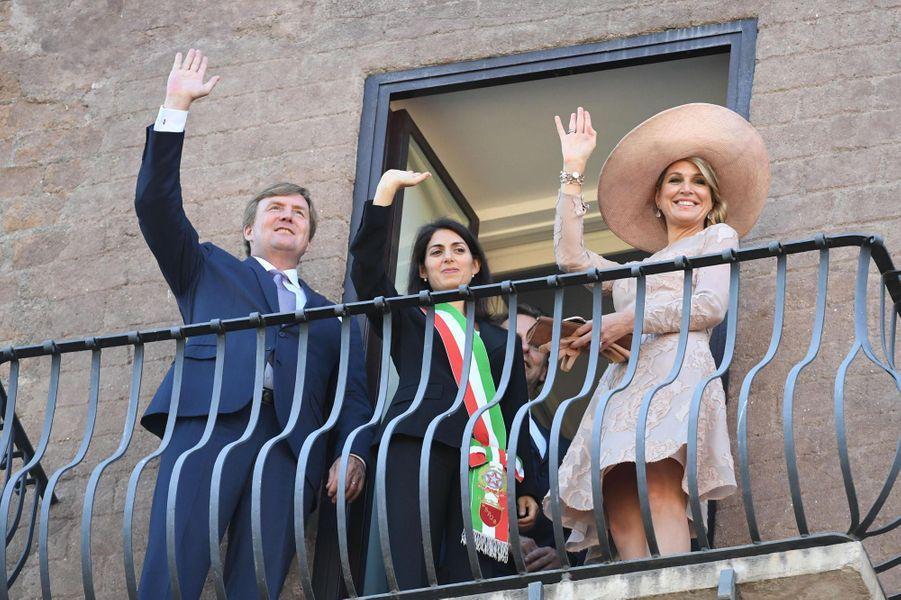 La reine Maxima et le roi Willem-Alexander des Pays-Bas avec Virginia Raggi à Rome, le 20 juin 2017