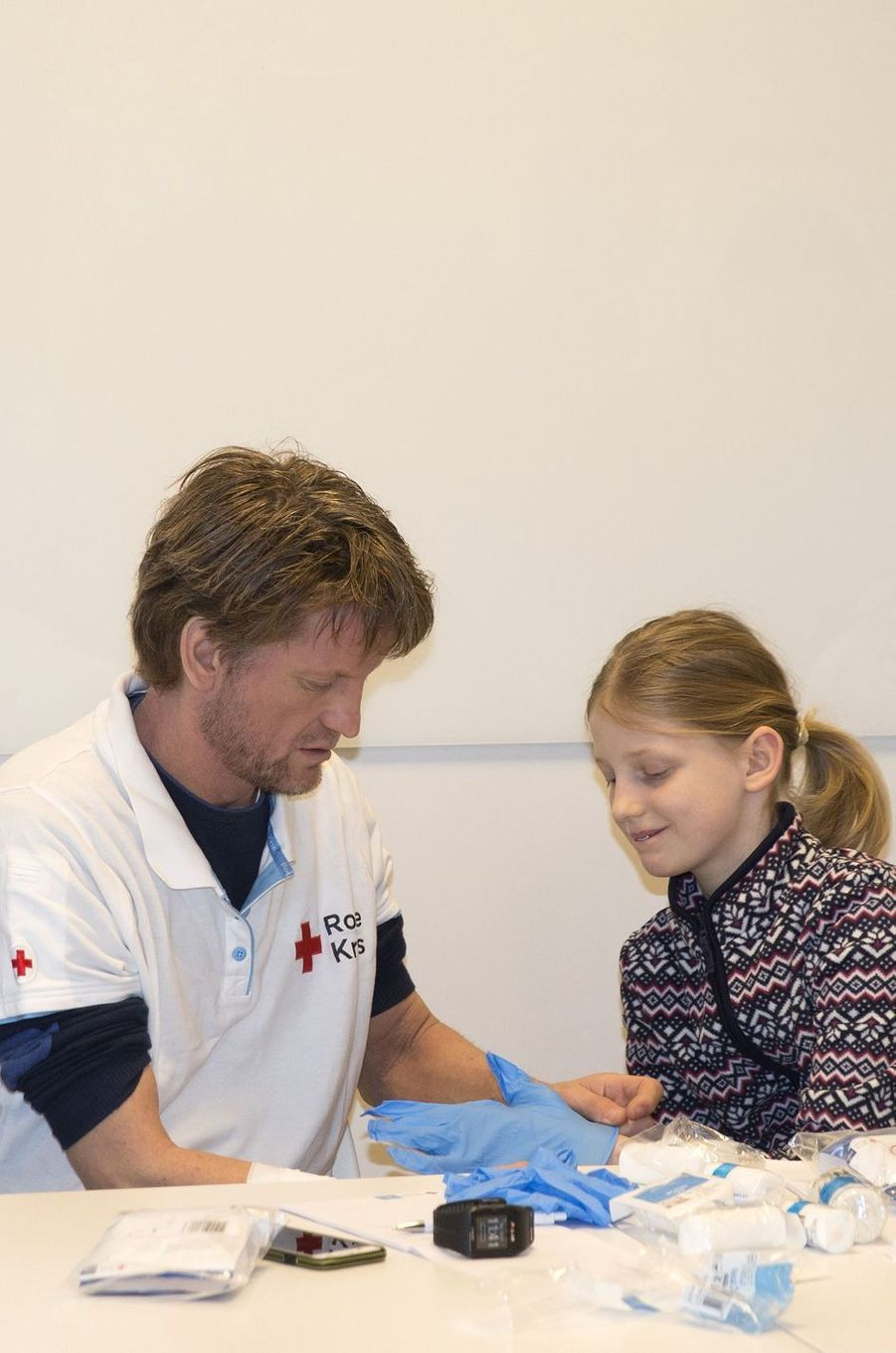 Le prince Pieter-Christiaan des Pays-Bas et sa fille Emma à La Haye, le 10 mars 2018