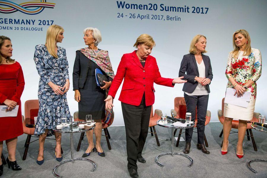 La reine Maxima des Pays-Bas avec Ivanka Trump, Christine Lagarde et Angela Merkel à Berlin, le 25 avril 2017