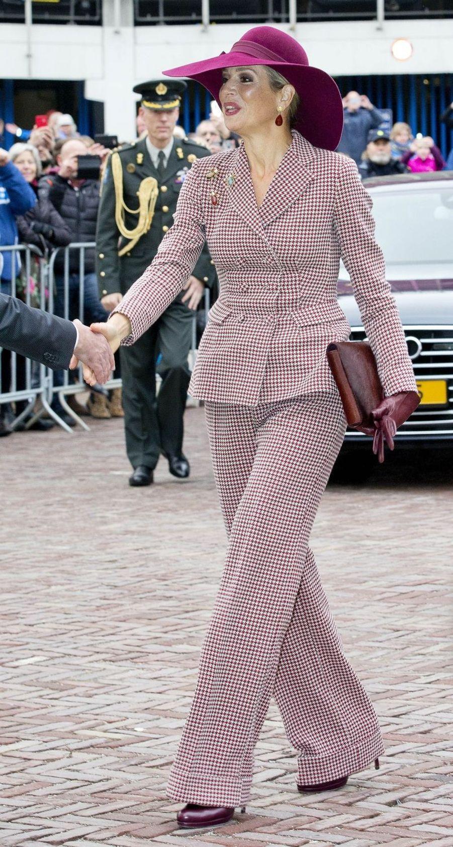 La reine Maxima des Pays-Bas à son arrivée à Arnhem, le 12 janvier 2018