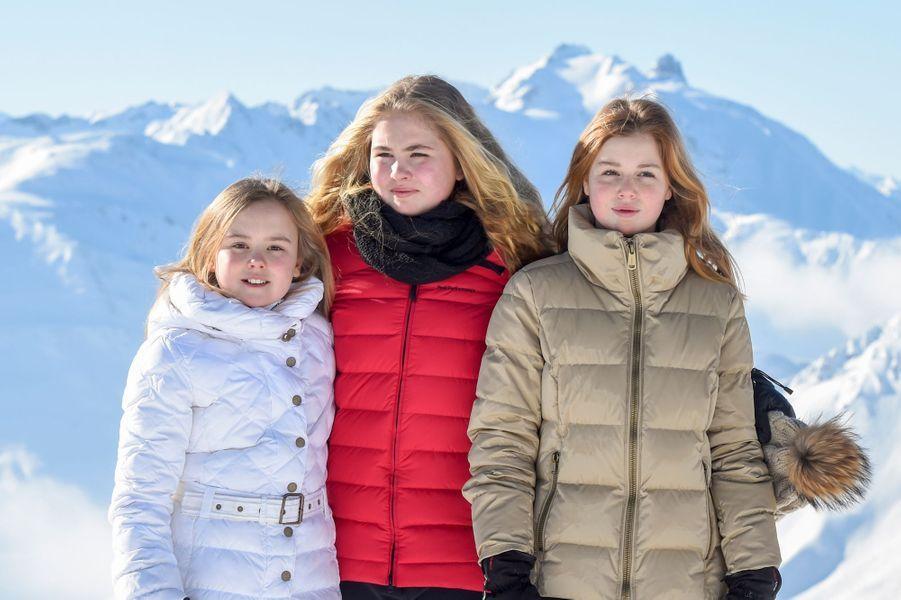 Les princesses Ariane, Catharina-Amalia et Alexia des Pays-Bas à Lech, le 26 février 2018
