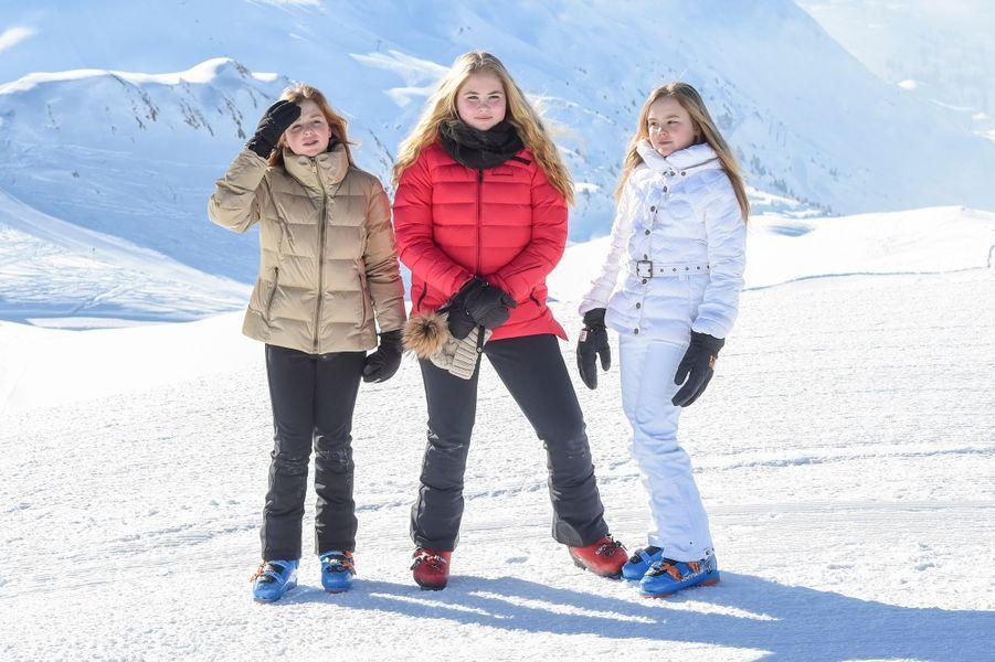 Les princesses Alexia, Catharina-Amalia et Ariane des Pays-Bas à Lech, le 26 février 2018