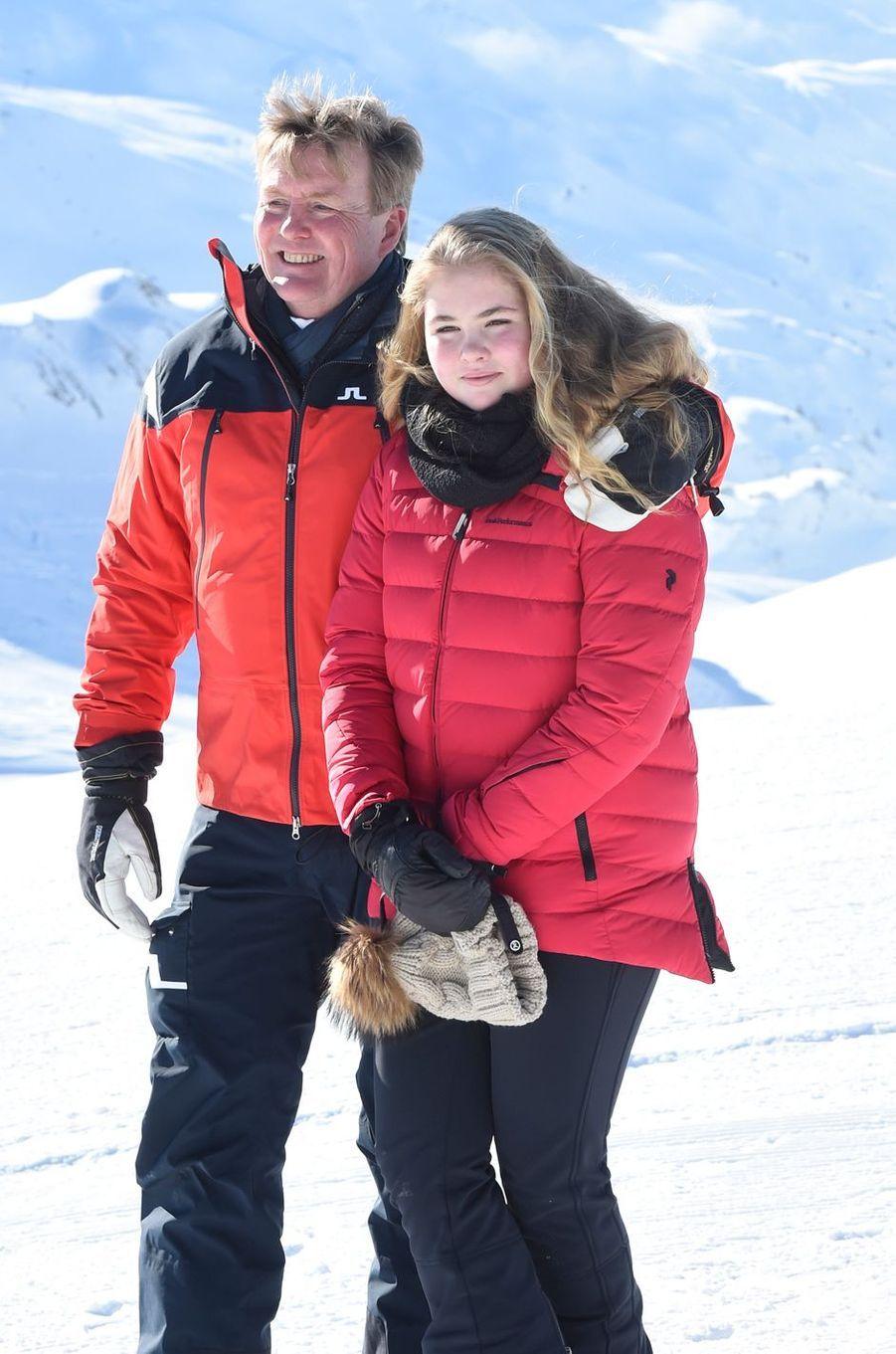 Le roi Willem-Alexander des Pays-Bas et la princesse héritière Catharina-Amalia à Lech, le 26 février 2018