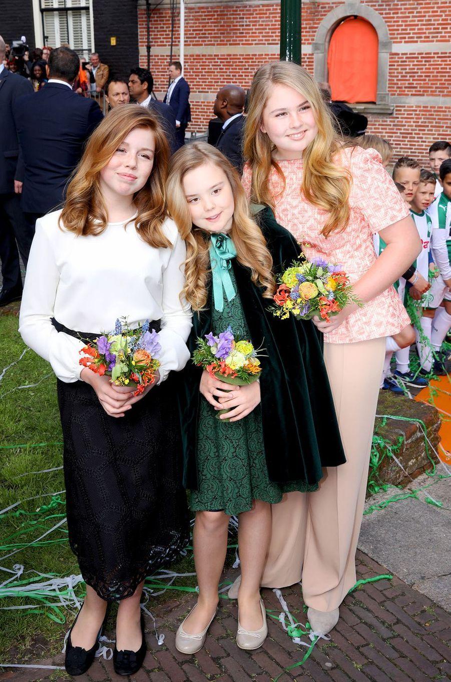 Les princesses Alexia, Ariane et Catharina-Amalia des Pays-Bas à Groningen, le 27 avril 2018