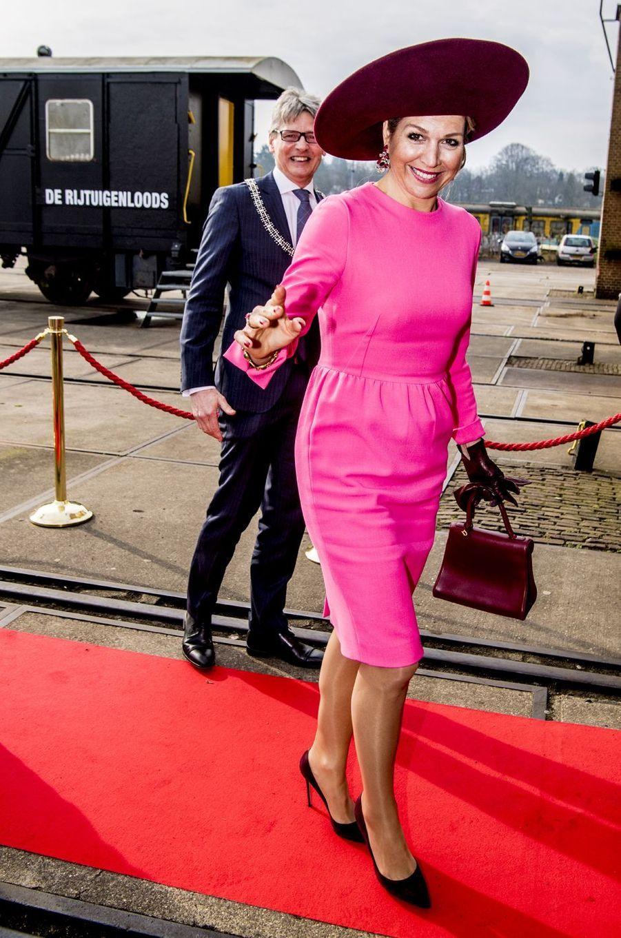 La reine Maxima des Pays-Bas à son arrivée à Amersfoort, le 27 mars 2018
