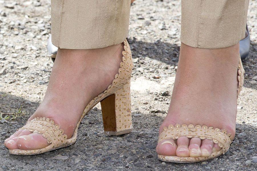 Les sandales de la reine Maxima des Pays-Bas à Saint-Martin, le 2 décembre 2017