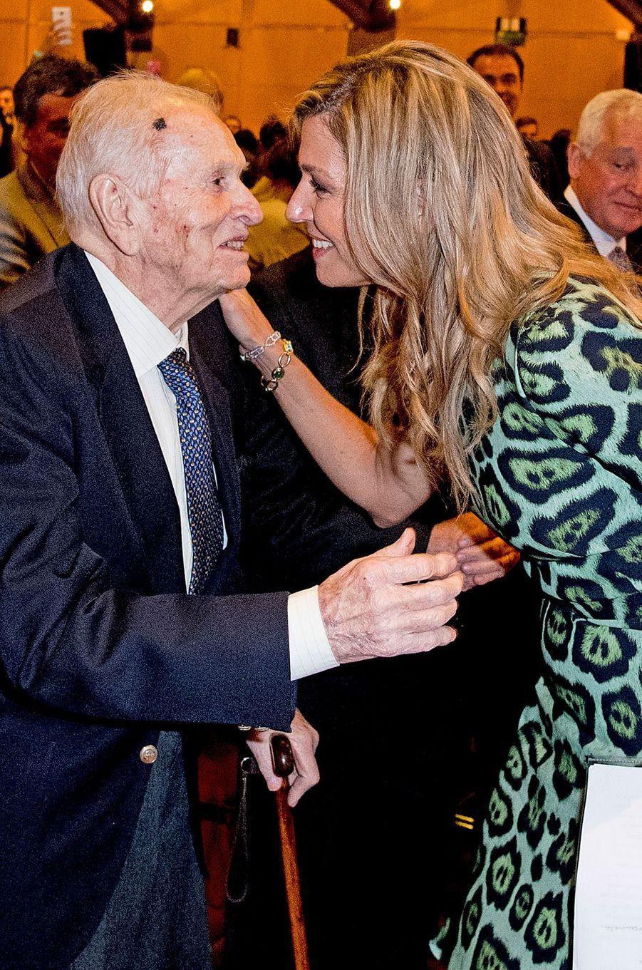 La reine Maxima des Pays-Bas avec son père Jorge Zorreguieta à Buenos-Aires, le 11 octobre 2016