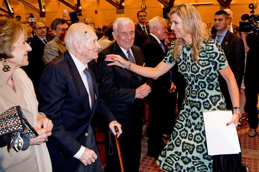 La reine Maxima des Pays-Bas avec son père Jorge Zorreguieta et sa mère Maria à Buenos-Aires, le 11 octobre 2016