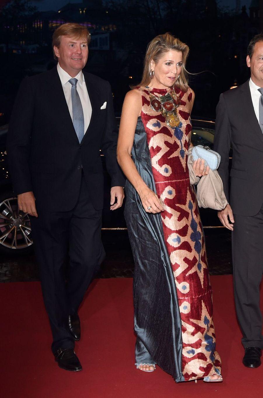 La reine Maxima et le roi Willem-Alexander des Pays-Bas arrivent au National Opera & Ballet à Amsterdam, le 15 septembre 2017