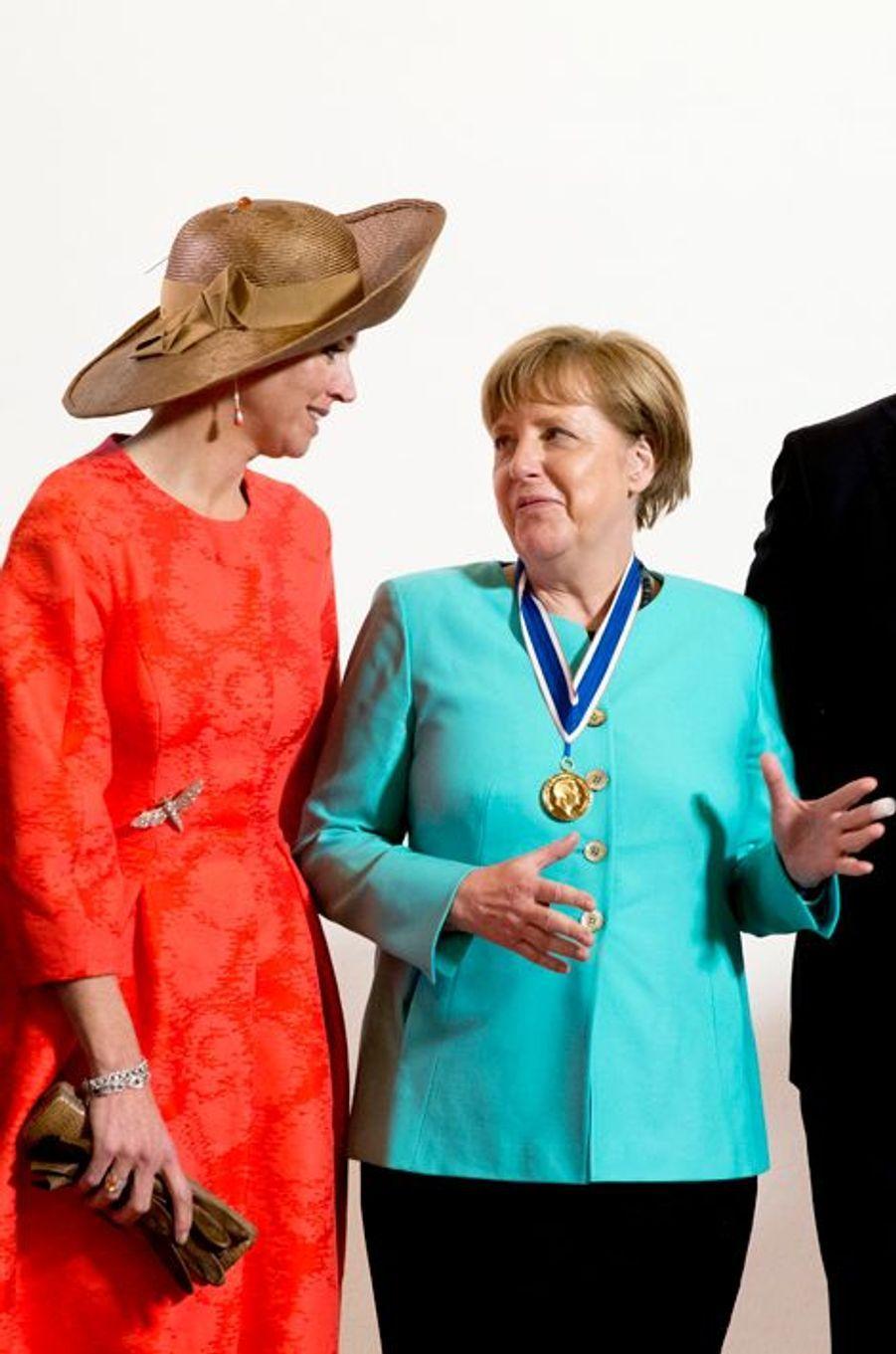 La reine Maxima des Pays-Bas avec Angela Merkel à Middelburg, le 21 avril 2016